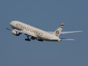 etihad-airways-867760_640