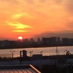 羽田空港国際線ターミナルから見る夕日と富士山が絶景!!
